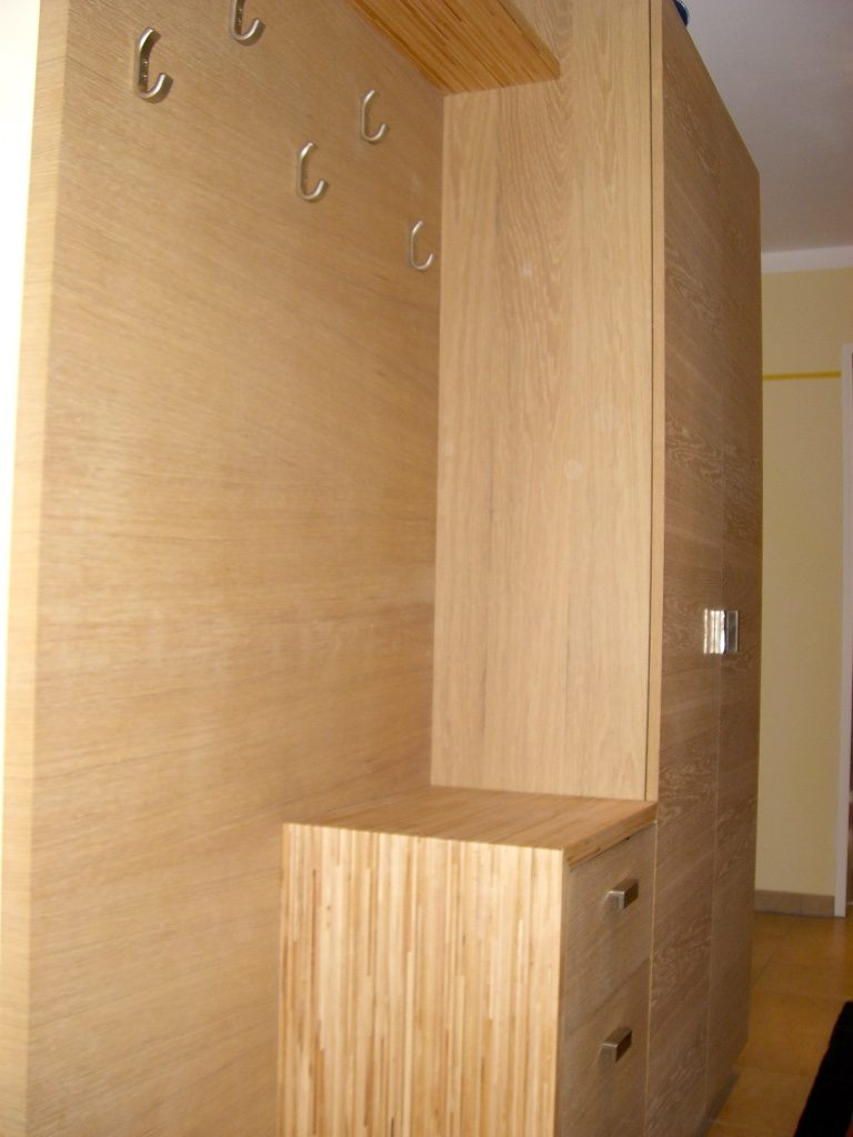 Garderoben 1